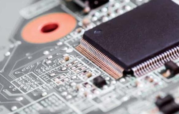 нанесение маркировки на электронные компоненты